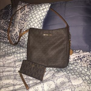 Authentic Michael Kors handbag and wallet